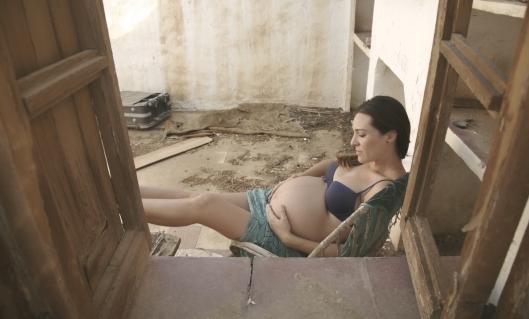 Ana embarazada, fotografías para una futura mamá.